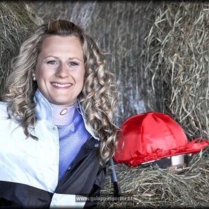 Žena-a-kůň-Ingrid-Koplíková-2012