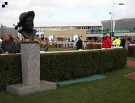 V Irsku začíná Dublin Racing Festival, přesunutý Cotswold Chase se poběží v Sandownu