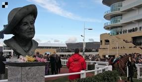 V Cheltenham Gold Cupu by se mohli střetnout tři minulí vítězové