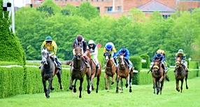 Longchamp: Návrat francouzské sezóny i s loňským vítězem derby Sottsassem